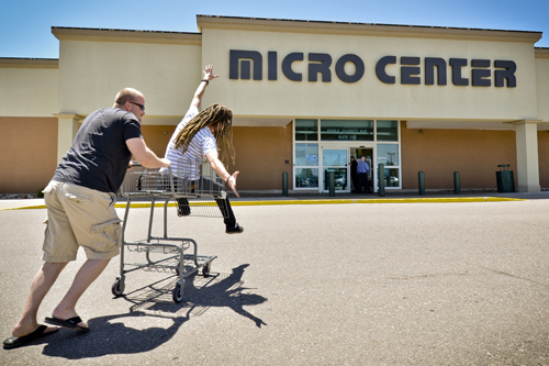 SparkFun goes to MicroCenter